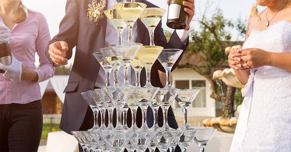 シャンパンタワーの法則を知っていますか?自分を満たしていないと人の役になんて立てないよ!というお話